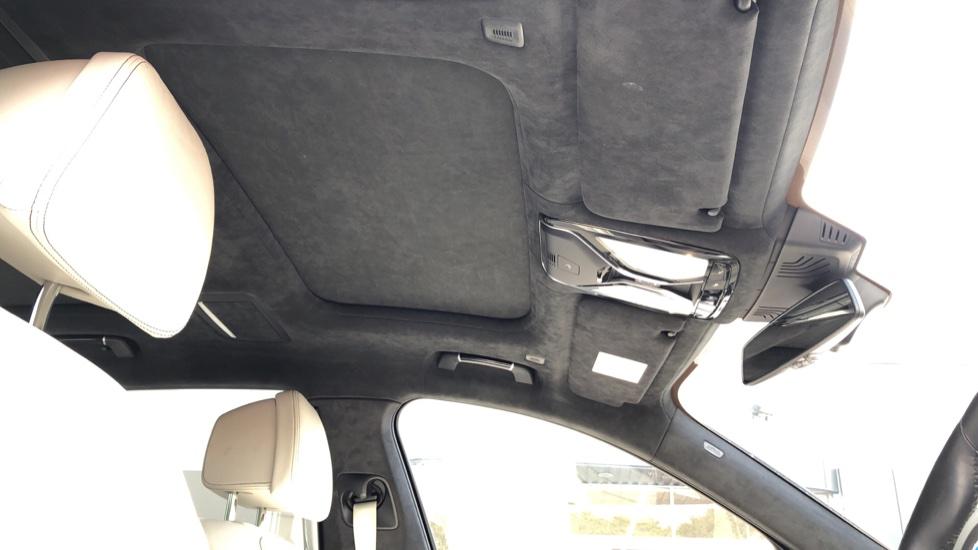 BMW 7 Series M760Li xDrive V12 image 37