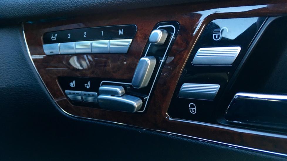 Mercedes-Benz CL-Class CL 63 Bi-Turbo 2dr image 28