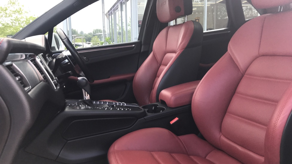 Porsche Macan GTS 5dr PDK image 3