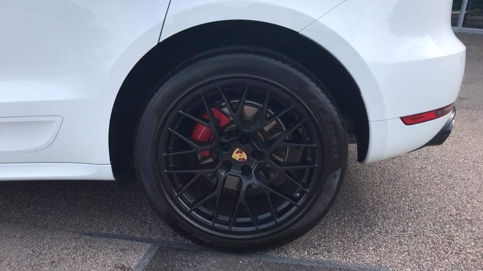 Porsche Macan GTS 5dr PDK image 8