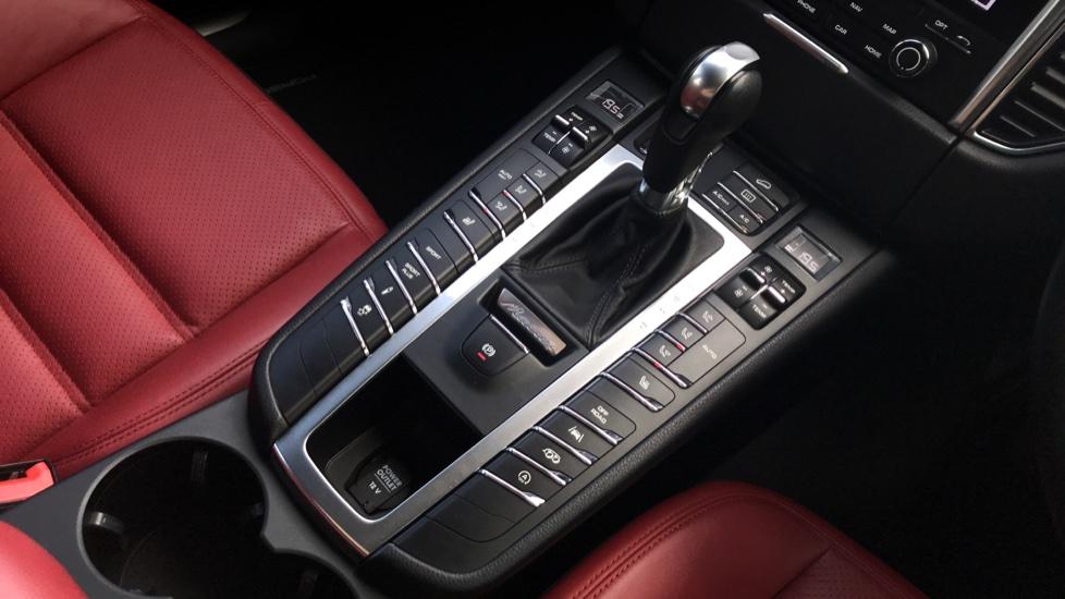 Porsche Macan GTS 5dr PDK image 17