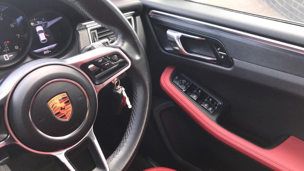 Porsche Macan GTS 5dr PDK image 20