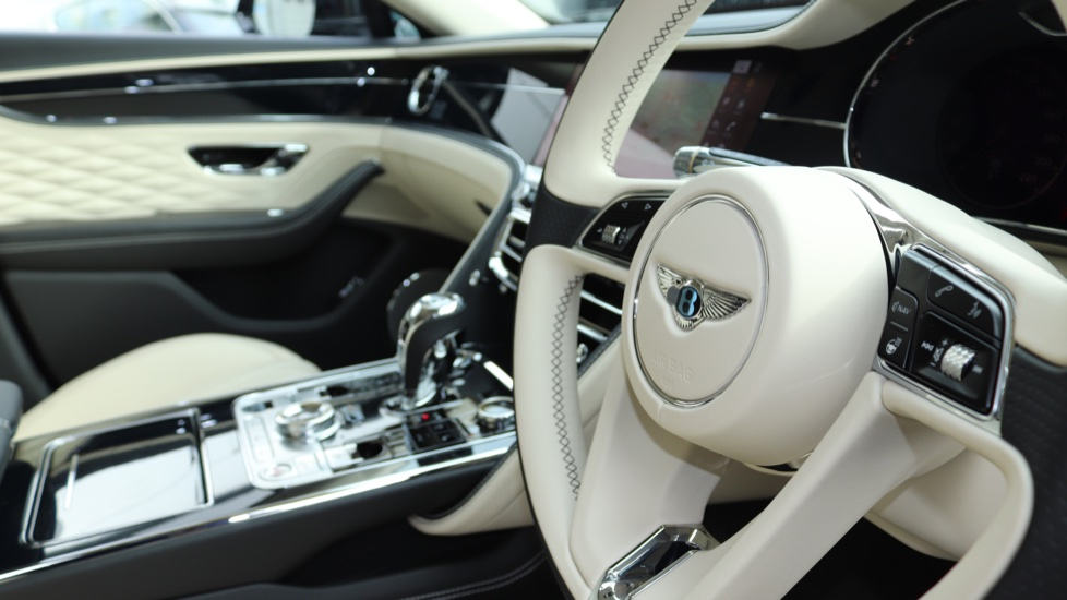 Bentley Flying Spur 6.0 W12 image 24