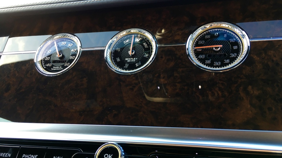 Bentley Continental GT 6.0 W12 2dr image 24