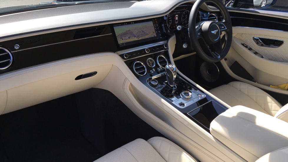 Bentley New Continental GT 6.0 W12 2dr image 6