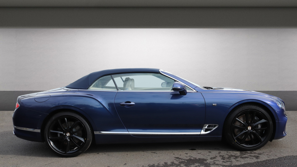 Bentley Continental GTC 6.0 W12 2dr image 3