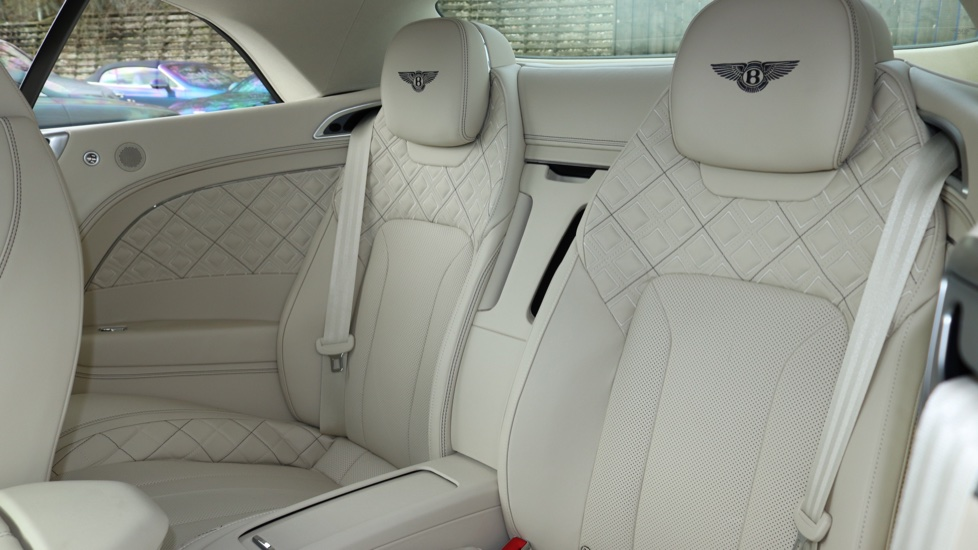 Bentley Continental GTC 6.0 W12 2dr image 11