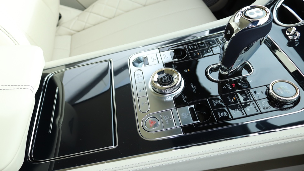 Bentley Continental GTC 6.0 W12 2dr image 24