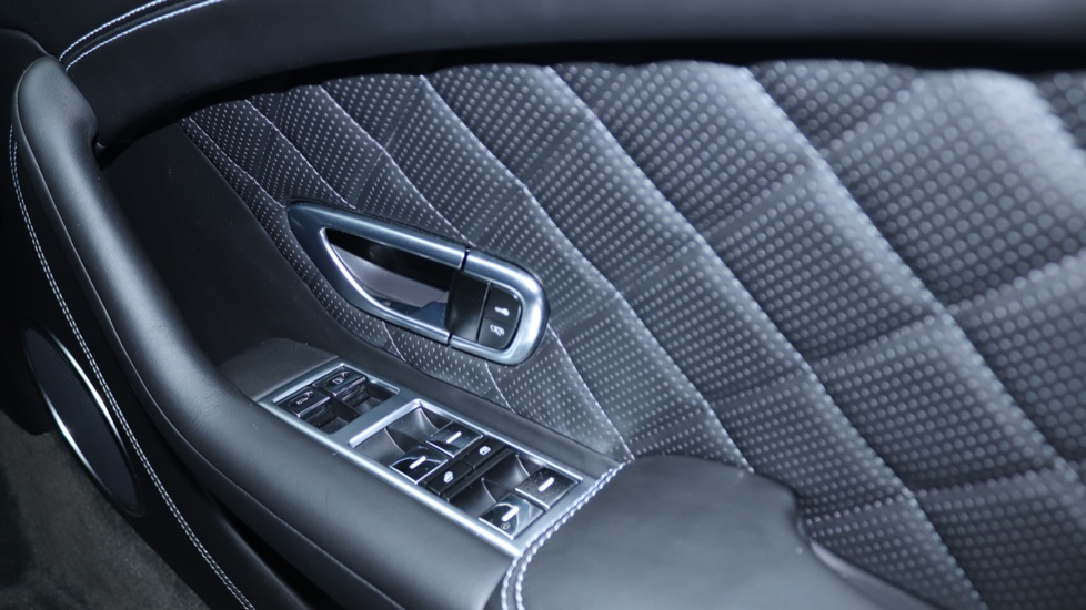 Bentley Continental GT 4.0 V8 S Mulliner Driving Spec 2dr image 10