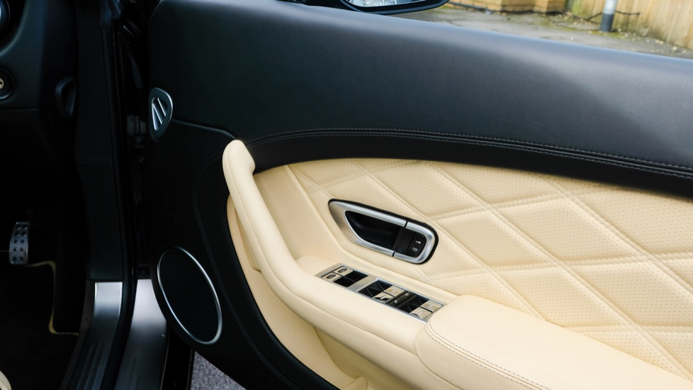 Bentley Continental GT 6.0 W12 [E85] Mulliner Driving Spec 2dr image 10