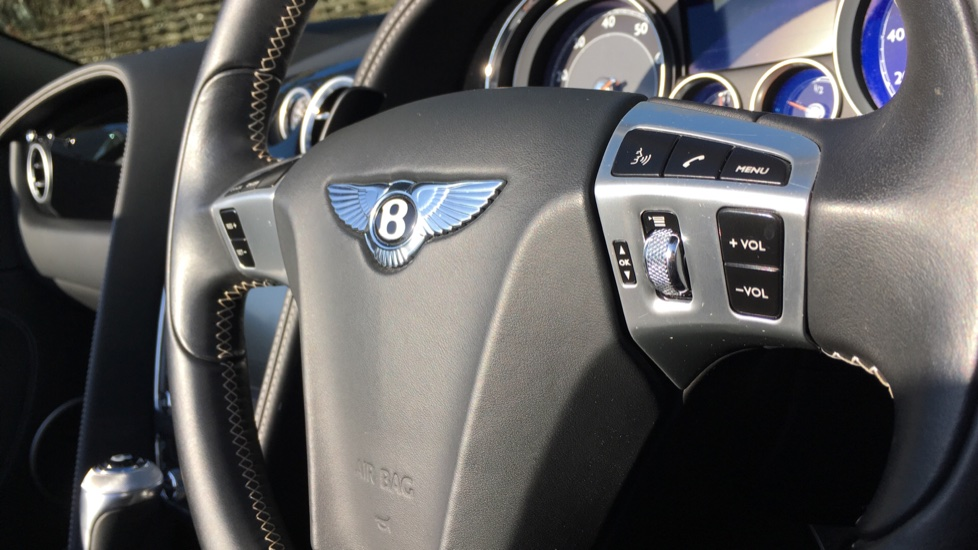 Bentley Continental GTC 4.0 V8 S 2dr image 20