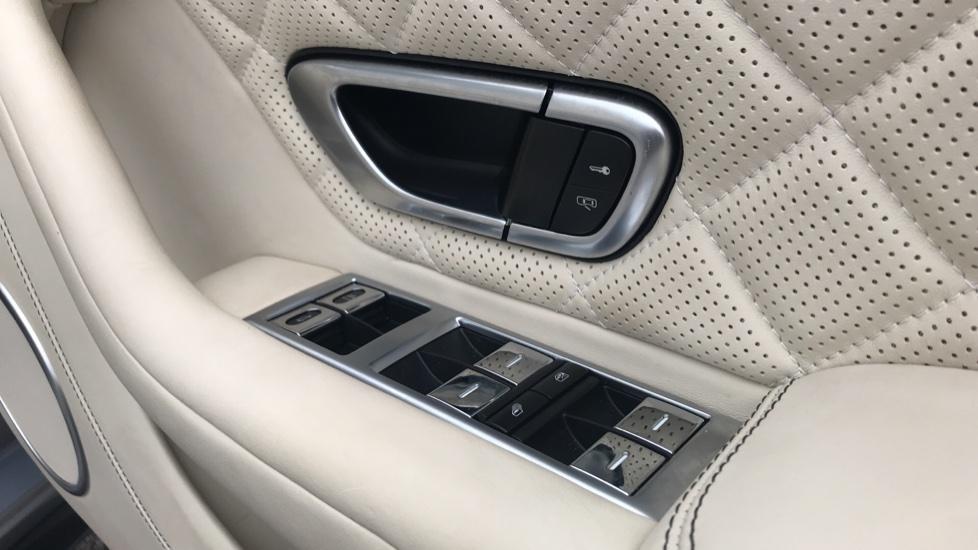 Bentley Continental GTC 4.0 V8 S Mulliner Driving Spec 2dr image 10