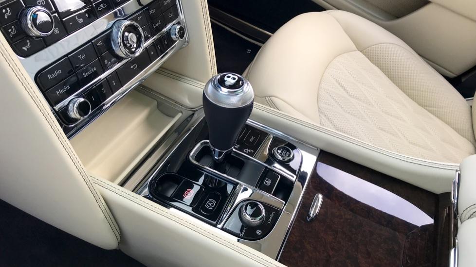 Bentley Mulsanne 6 8 V8 4dr Auto Automatic Saloon (2018) at Bentley  Tunbridge Wells