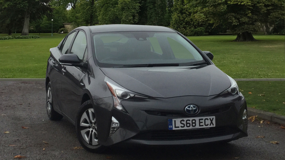 Used Toyota Prius Hatchback 1.8 VVT-h Business Edition Plus CVT (s/s) 5dr (15in Alloy)