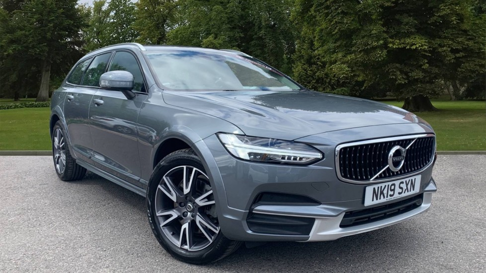 Used Volvo V90 Cross Country Estate 2.0 T5 Cross Country Auto AWD (s/s) 5dr