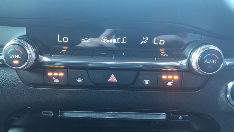 Mazda 3 2.0 Skyactiv X MHEV Sport Lux 5dr - Reverse Camera, Sat Nav & Adaptive Cruise Control image 16