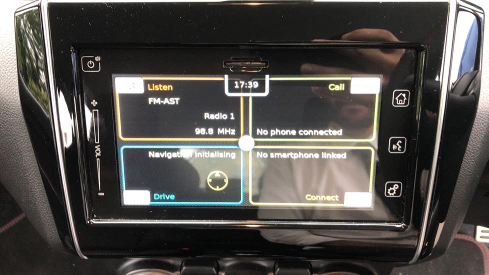 Suzuki Swift 1.4 Boosterjet 48V Hybrid Sport 5dr - Reverse Camera, Parking Sensors & Bluetooth image 25