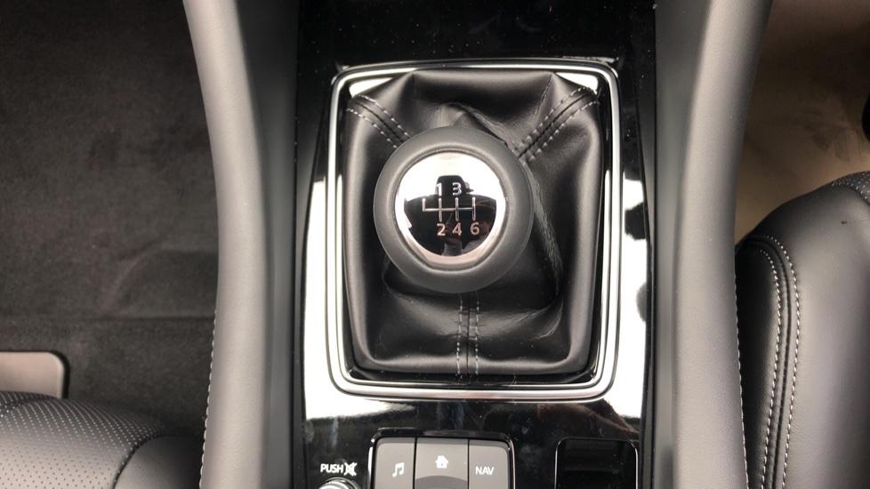 Mazda 6 2.2d Sport Nav+ 4dr image 16