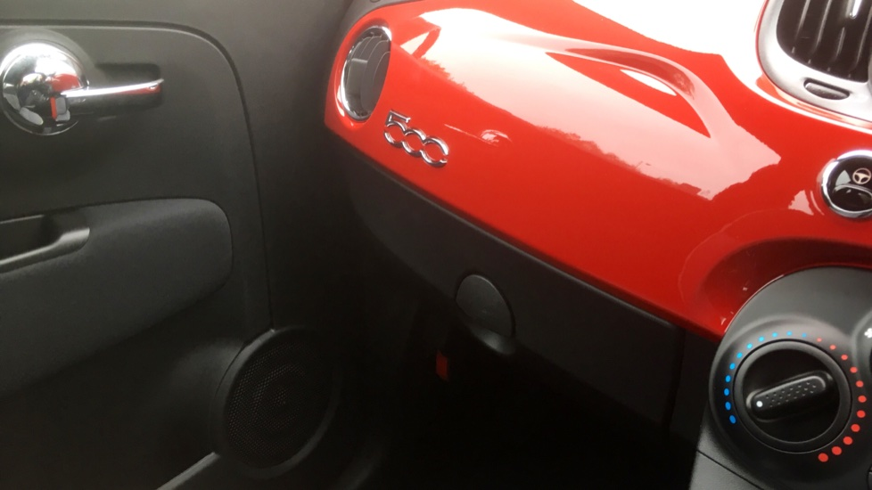 Fiat 500 1.2 Lounge - DELIVERY MILEAGE AND SUBSTANTIAL SAVING image 24