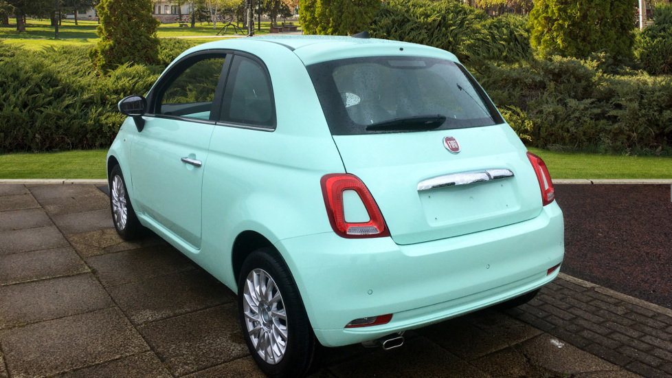 Fiat 500 1.2 Lounge - DELIVERY MILEAGE AND SUBSTANTIAL SAVING image 2