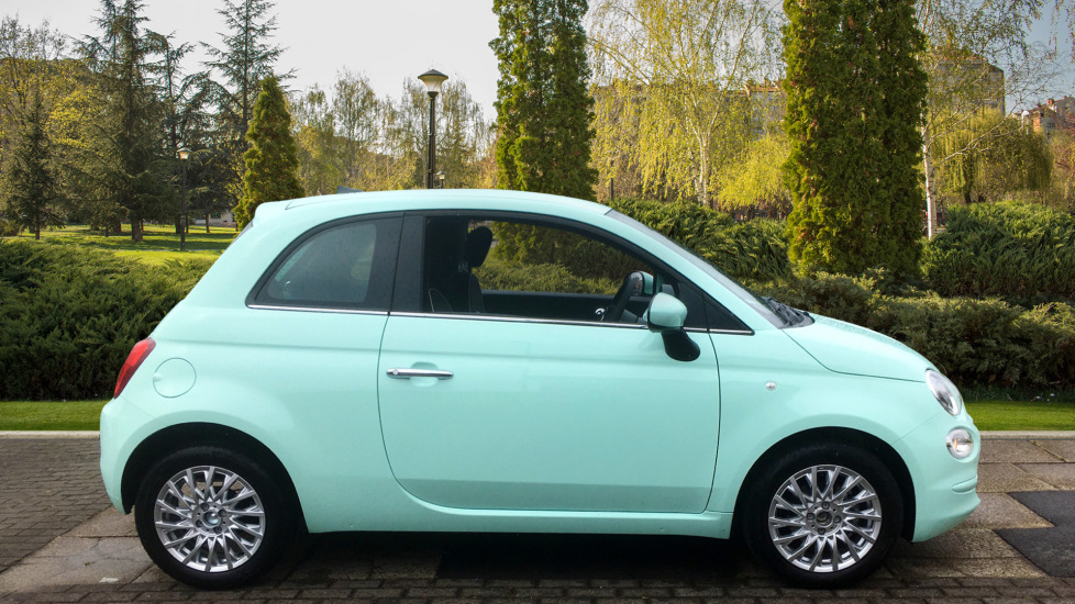 Fiat 500 1.2 Lounge - DELIVERY MILEAGE AND SUBSTANTIAL SAVING image 5