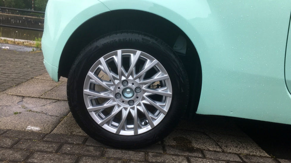 Fiat 500 1.2 Lounge - DELIVERY MILEAGE AND SUBSTANTIAL SAVING image 8