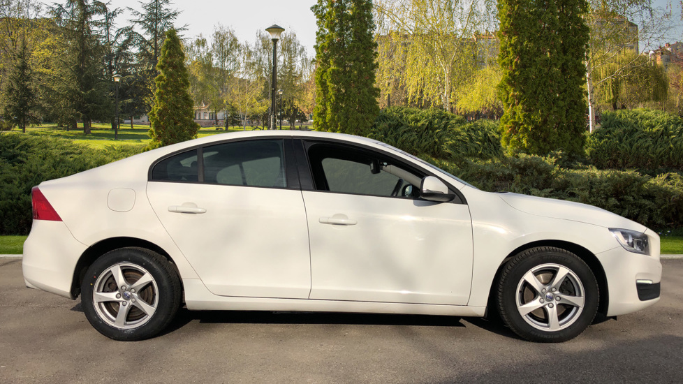 Volvo S60 D4 [190] Business Edition 4dr image 5