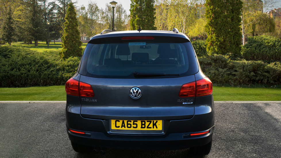 Volkswagen Tiguan 2 0 TDi BlueMotion Tech S 110 5dr [2WD] with DAB Radio  and Active TFT Display Diesel Estate (2015) available from County Motor  Works