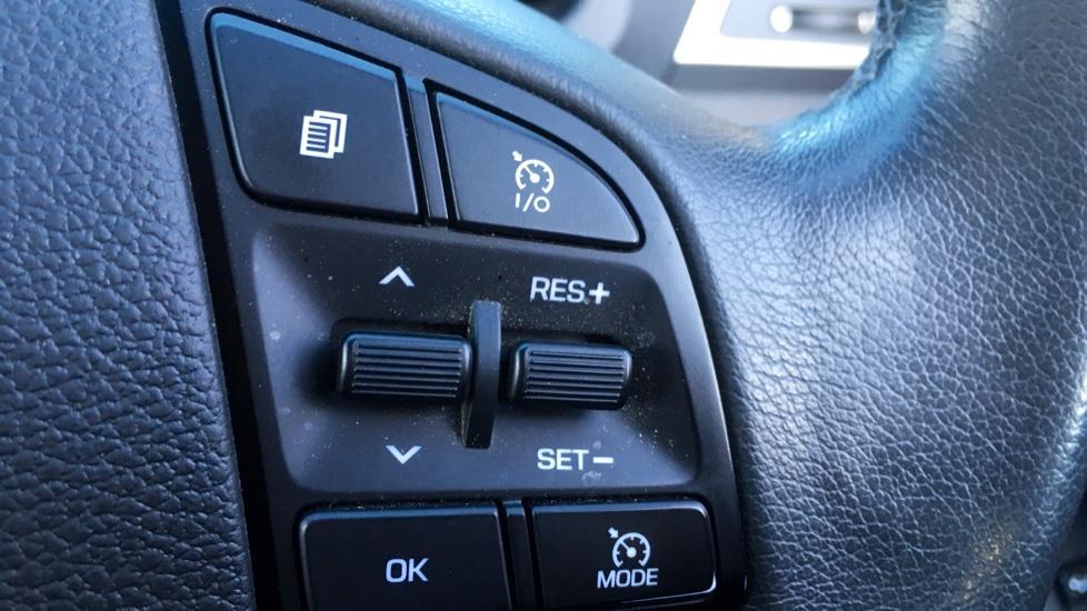 Hyundai Tucson 2.0 CRDi 185 Premium SE Electric Sunroof, Leather, SAT NAV, FREE SERVICE image 11