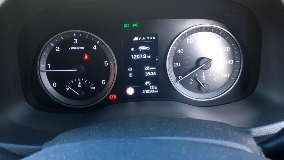 Hyundai Tucson 2.0 CRDi 185 Premium SE Electric Sunroof, Leather, SAT NAV, FREE SERVICE image 15