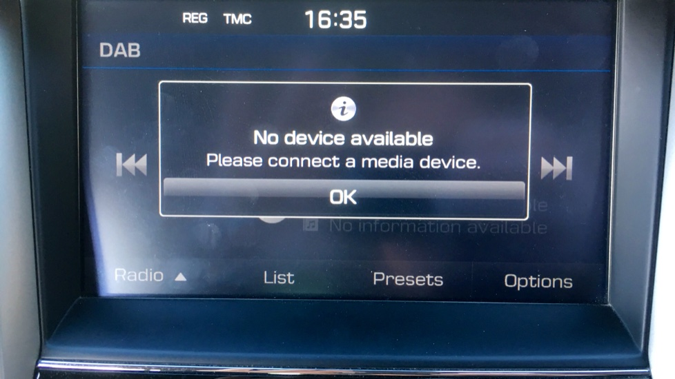 Hyundai Tucson 2.0 CRDi 185 Premium SE Electric Sunroof, Leather, SAT NAV, FREE SERVICE image 20