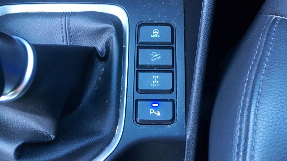 Hyundai Tucson 2.0 CRDi 185 Premium SE Electric Sunroof, Leather, SAT NAV, FREE SERVICE image 24