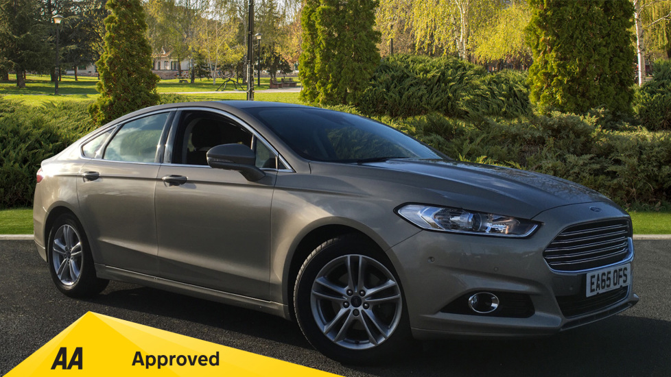 Ford Mondeo 2.0 EcoBoost Titanium Automatic 5 door Hatchback (2015) image
