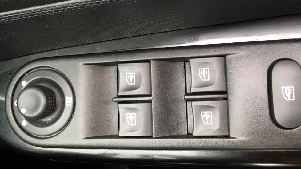 Renault Captur 1 5 dCi 90 Dynamique MediaNav Energy 5dr Diesel Hatchback  (2013)