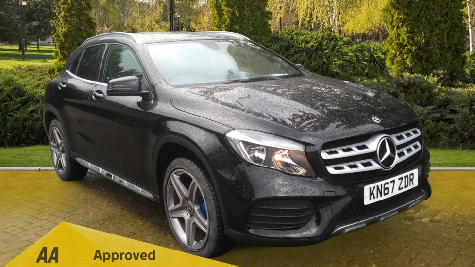 Mercedes-Benz GLA-Class 220d 4Matic AMG Line 5dr Auto - Sat Nav, Apple CarPlay & Android Auto 2.1 Automatic Hatchback (2017) image