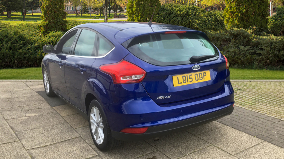 Ford Focus 1.5 TDCi 120 Zetec 5dr - Rear Park Assist, Impact Blue Metallic image 2 thumbnail