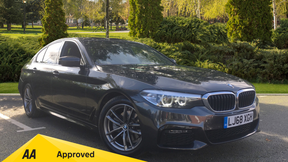 BMW 5 Series 520i M Sport - SAT NAV, Front and Rear Park Assist, Cruise 2.0 Automatic 4 door Saloon (2018) image