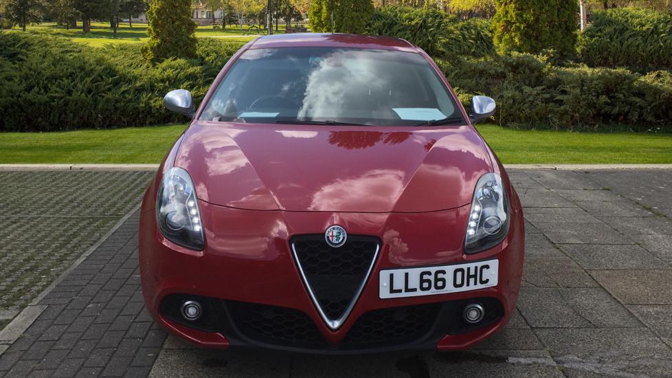 Alfa Romeo Giulietta 1.6 JTDM-2 120 Tecnica TCT - Rear Privacy Glass, Cruise, Climate, Bluetooth image 6