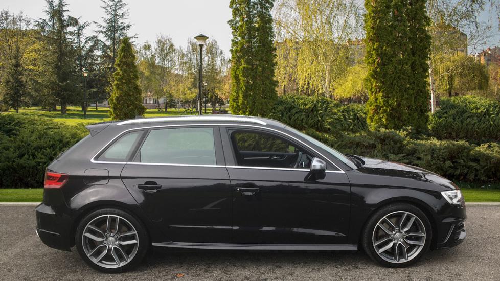 Audi A3 S3 TFSI Quattro 5dr - Satellite Navigation, DAB Radio image 5