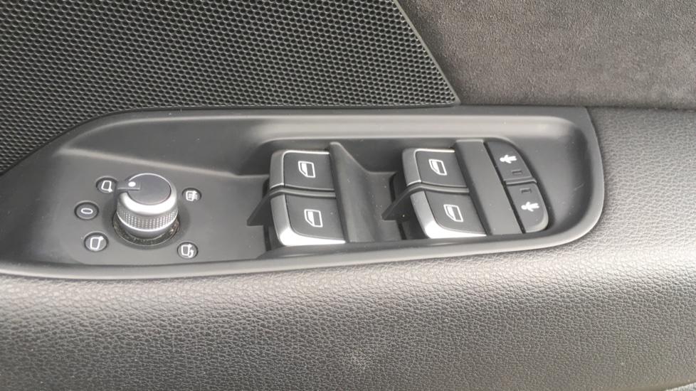 Audi A3 S3 TFSI Quattro 5dr - Satellite Navigation, DAB Radio image 9
