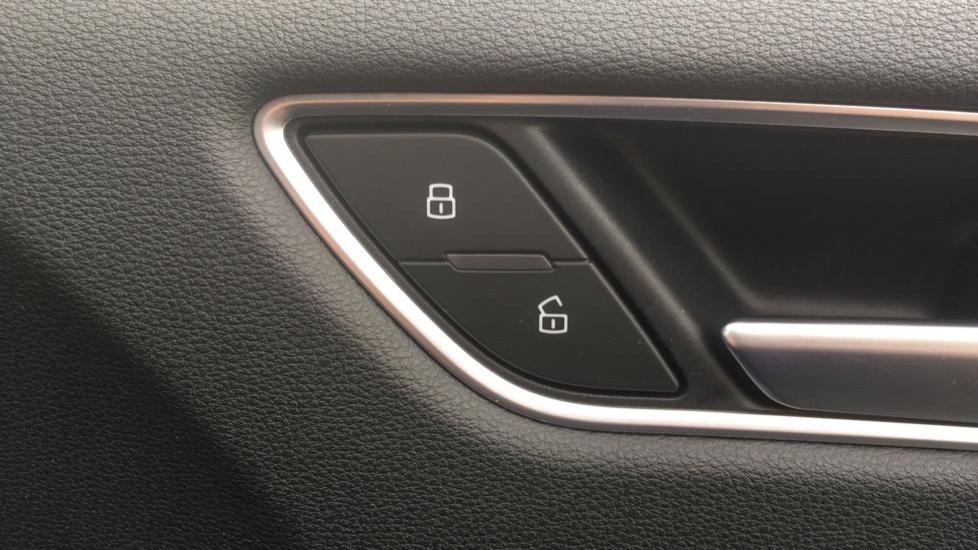 Audi A3 S3 TFSI Quattro 5dr - Satellite Navigation, DAB Radio image 10