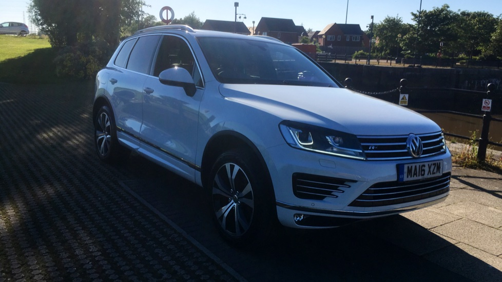 Volkswagen Touareg 3.0 V6 TDI BlueMotion Tech 262 R Line 5dr Tip with Factory Fitted Extras Diesel Automatic 4x4 (2016) at Preston Motor Park Fiat and Volvo thumbnail image