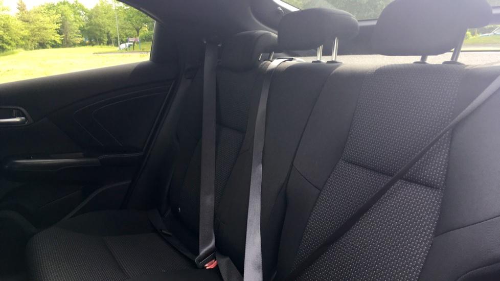 Honda Civic 1.4 i-VTEC Sport 5dr - Cruise Control, Bluetooth, Rear Park Assist, Privacy Glass image 4