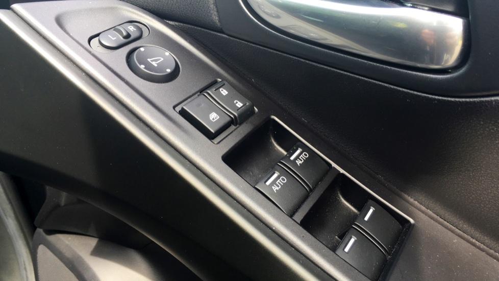 Honda Civic 1.4 i-VTEC Sport 5dr - Cruise Control, Bluetooth, Rear Park Assist, Privacy Glass image 11