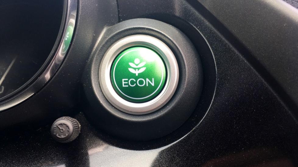 Honda Civic 1.4 i-VTEC Sport 5dr - Cruise Control, Bluetooth, Rear Park Assist, Privacy Glass image 12