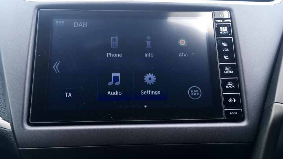 Honda Civic 1.4 i-VTEC Sport 5dr - Cruise Control, Bluetooth, Rear Park Assist, Privacy Glass image 19
