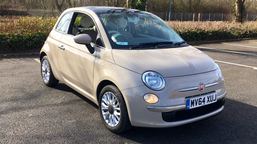 fiat 500 1 2 lounge start stop with bluetooth and fixed glass sunroof 3 door hatchback 2014. Black Bedroom Furniture Sets. Home Design Ideas