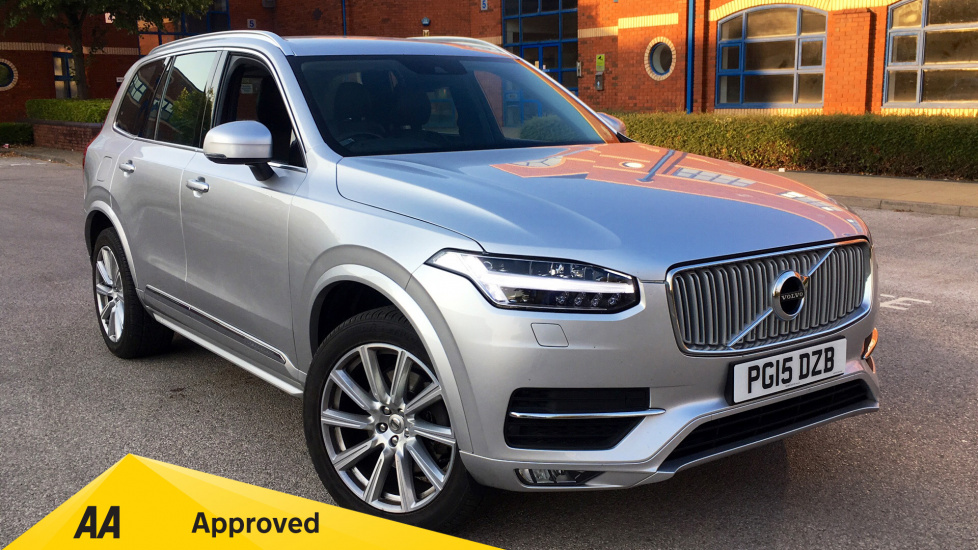 Volvo XC90 2.0 D5 Inscription 5dr AWD Geartronic  - Winter Pack, Lane Departure Warning, SAT NAV Diesel Automatic Estate (2015) image