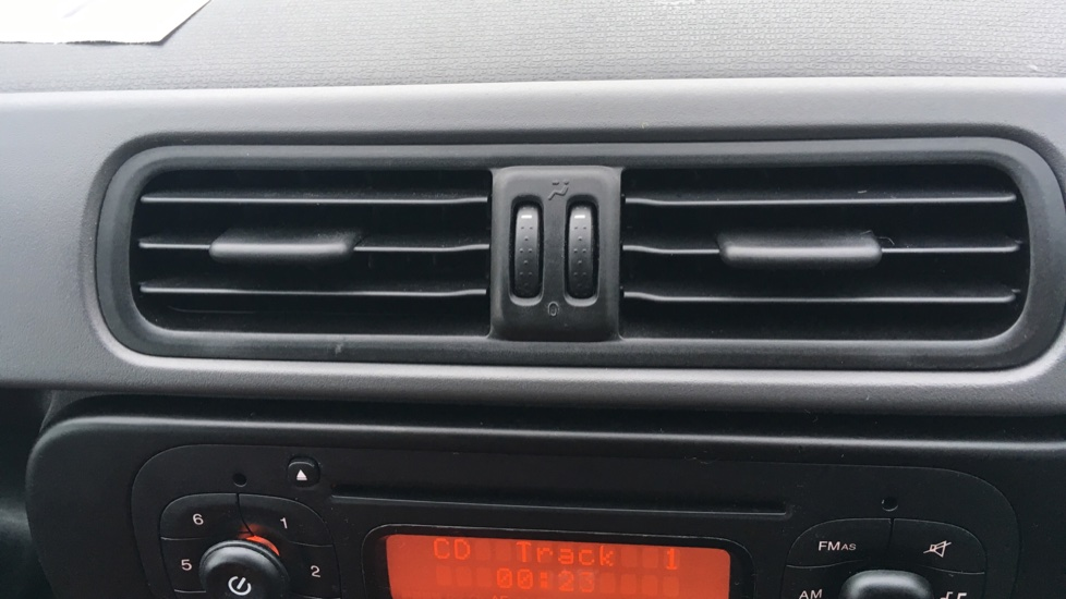 Fiat Panda 1.2 Pop 5dr image 29