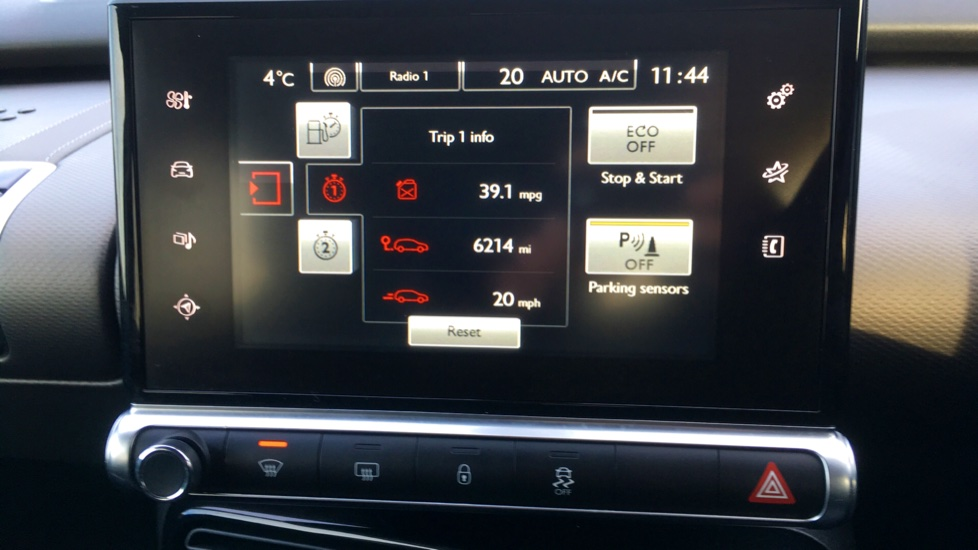 Citroen C4 Cactus 1.2 PureTech [110] Flair with Satellite Navigation, Cruise Control and Bluetooth image 13